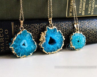 Raw Geode Slice Necklace Agate Turquoise Blue Ombre Gemstone Gold Layering Long Rustic Modern Gift Statement Natural Stone C1