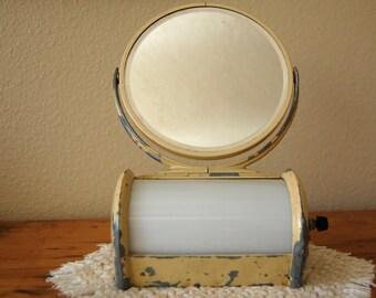 Vanity Lights Etsy : Vintage bathroom vanity light Etsy