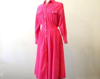 Beautiful Hot Pink Corduroy Dress / 80s 90s Mid Calf Dress / Shirtdress Secretary Dress / Western Cowgirl Long Sleeve Fitted