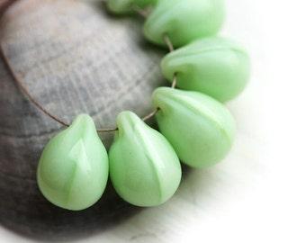 Teardrop beads, briolettes - Mint Green, czech glass drops - 10x14mm - 6Pc - 0994