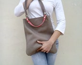 Free shipping/Grey leather bag/Tote leather bag/Everyday bag/Nude leather bag/By Lara Klass