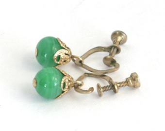 Gold Tone Brass Green Glass Screw Back Delicate Dangle Earrings // Vintage Jewelry