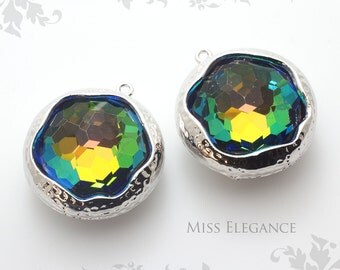 SALE 2pcs Round Framed Faceted Glass Stone Pendants, Rhodium Plated Over Brass Unique Jewelry Findings  //20mm x 20mm// G06-080X-BR