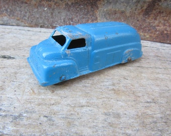 Vintage Metal Toy Truck Blue Tanker Truck Truck 1940s Era Blue Tootsie Toy USA Vehicle Old Fashioned Toys Tootisetoy Chippy Blue Paint