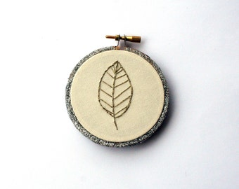 Metallic leaf embroidery hoop art / gold metallic leaf design / silver glitter hoop / woodland home decor