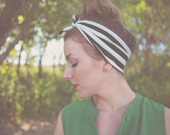 Hair Wrap in Black and White Stripe