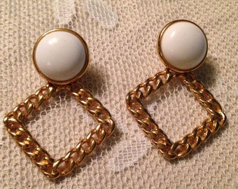 White and Gold Dangle Pierced Earrings!