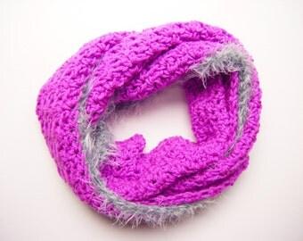 Big Magenta Infinity Scarf - Crochet Circle Scarf - Silver Grey Faux Fur Trim