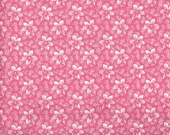 Floral Fabric, Quilters Calicos, Pink Floral Fabric, Pink Fabric, Pink Flowers, 10006