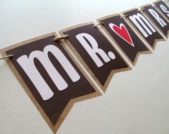 MR AND MRS With Hearts and Burlap Banner for Wedding Decoration / Photo Prop / Cake Table Decoration
