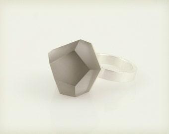 Vu – arsenic grey, silver ring -=PYO=-