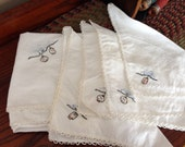 SALE~Vintage Table Cloth and Four Cloth Napkins~ Vintage Linens~Asian Lanterns and cheery blossoms~Fine Embroidery~ Asian Embroidered
