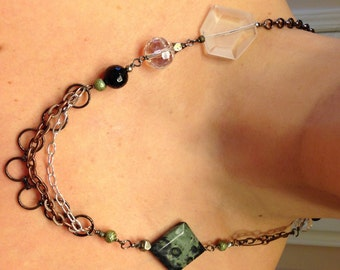 Asymmetrical Green Agate and Mixed Metal Chain Statement Necklace