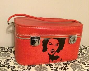 Vintage suitcase / train case with AVA GARDNER stencil