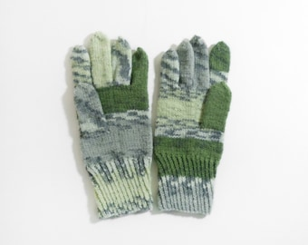 Knitted Men's Gloves - Green and Gray, Size Large