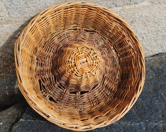 Large vintage French rustic proving bread basket - all natural woven wicker #3