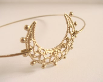 Filigree moon bracelet- Gold filigree bangle - Gold crescent bracelet - Hippie Boho gypsy bracelet - Minimalist jewelry - Everyday jewelry