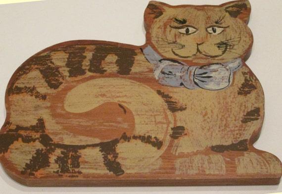 Wooden Folk Art Cat