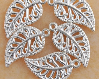 10 Leaf Charms Silver Plated 18 x 10 mm - ts589
