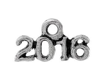 2016 Charm 16 Charms Antique Silver Tone 13 x 8 mm - ts595