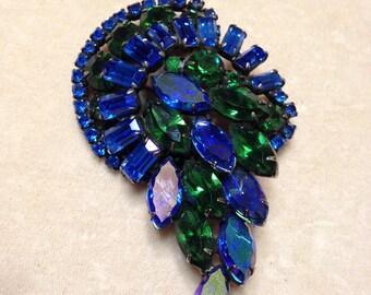 Vintage1970s  KRAMER Brilliant Blueand Dark Green  Brooch   Item No: 147043