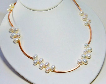Rose Gold Pearl Necklace . Bridal Jewelry