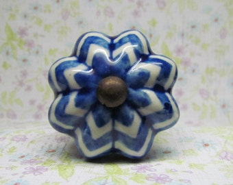 Blue and White Chevron Wine Bottle Stopper