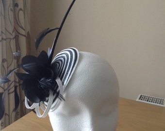 Black and White Disc and Arrow Quill Fascinator on a Clip Weddings Races Ascot, Kentucky Derby, Melbourne Cup
