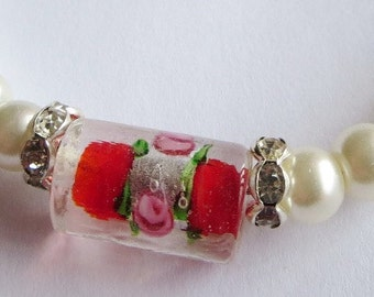 Deco Glass and Pearl Wire Bracelet, Adjustable Silver Wire Bangle, Red Deco Tube Bead with Rose design.