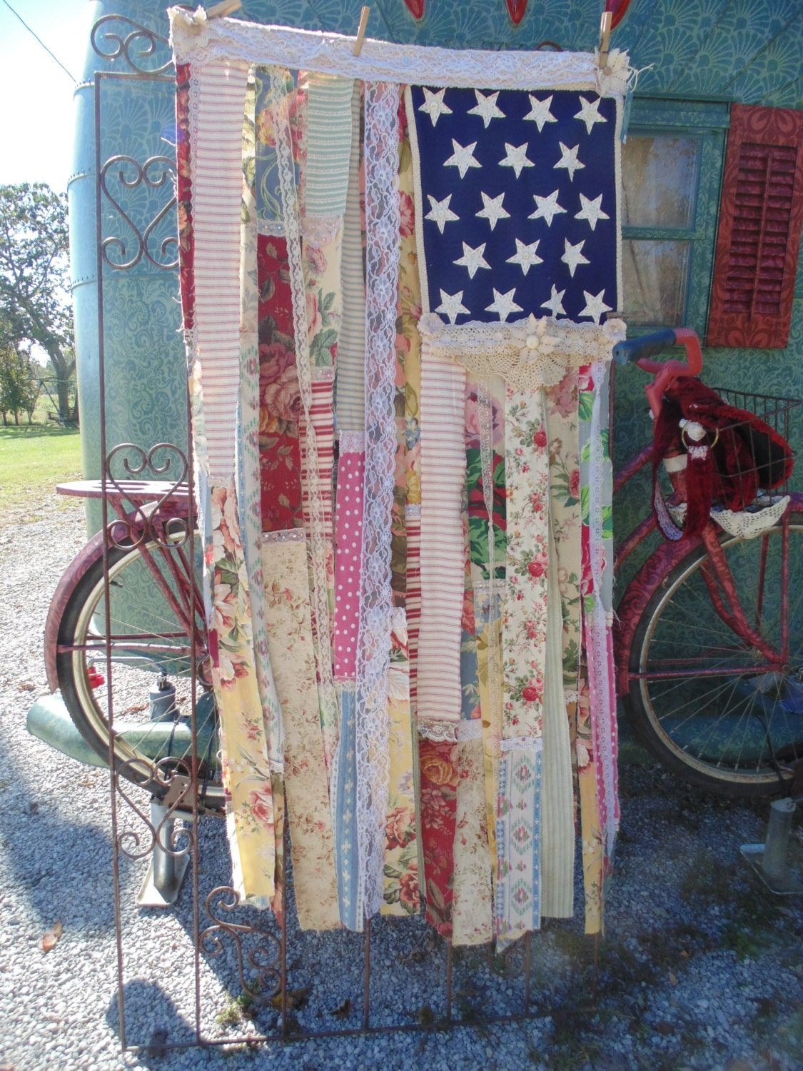Shabby Chic American Flag Country Cottage Distressed Vintage