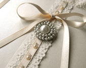 Wedding Guest book, Lace and Pearl