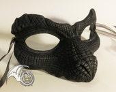 Dark Reptile Mask