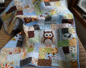 Baby boy scrappy owl quilt in blues and brown, ready to ship