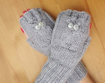 Owl Fingerless Mittens, Hand Knitted Owl Mittens, Women Owl Mittens, Girls Fingerless Owl Mittens, Owl Mittens in Grey, UK Seller