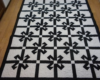 Bold Black and white  twin quilt