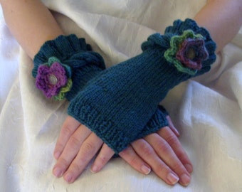 Knit Ruffle Fingerless Gloves in Teal