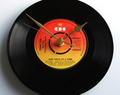 """Johnny Cash Vinyl Record CLOCK """"One Piece at a Time"""" 7"""" single. Unusual gift for country fans..."""