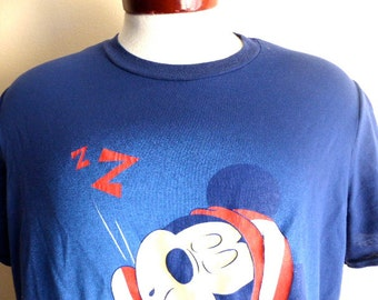 lol cute kawaii vintage 80's 90's Disney Mickey Mouse Z..ZZ. Zonked out! sleepy good night print navy blue crew neck graphic t-shirt  large