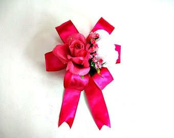 Feminine gift wrap bow/ Mother's Day bow/ Fuchsia and white gift bow/ Special occasion bow/ Special mother's day bow (MD34)