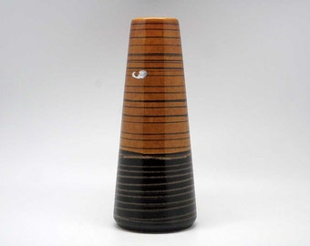 Mid Century West German vase by Scheurich (532-28)