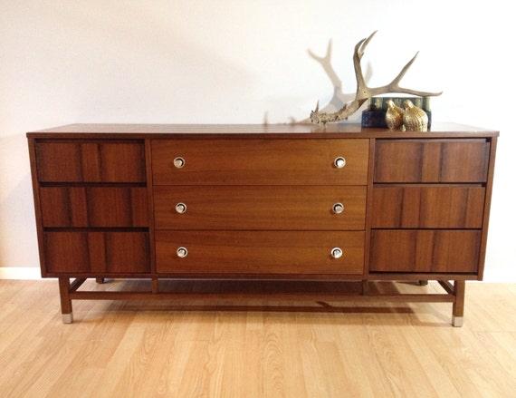 Vintage Mid Century Modern Lowboy Dresser Retro 1960s