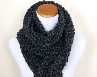 THE CASSIOPEIA - Chunky, Wool-Blend, Crochet Scarf, Men's Scarf / Charcoal
