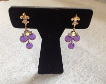 Vintage Goldtone and Purple Beaded Screw On Earrings