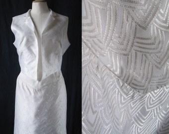 1980 's Bolero & skirt white, graphic woven pattern