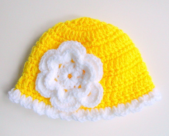Bright Yellow Infant Girl Hat With White Flower And Scallop Edge 9 Month To 2 Years Cloche  Baby Winter Cap 18 Month Children Fall  Beanie