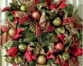Funky yet Traditional Christmas Wreath, Christmas Door Wreath, Holiday Wreath, Traditional Wreath, Christmas Decoration, Door Wreath