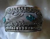 Vintage Silver Metal Mesh Intricate Detail Heavy spring Clamper Cuff Bracelet