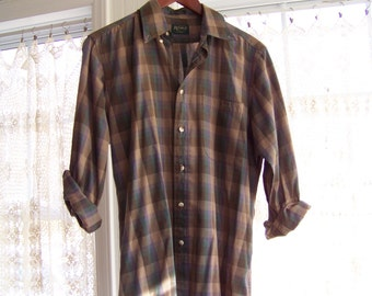 Sale! Plaid Button Down: M