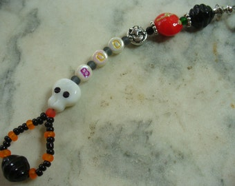BOO Purse Charm Dangle, Halloween Backpack Charm, Keychain, Skull