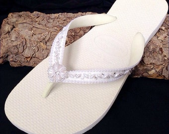 Custom Wedding Shoes Blushing Bride Pearls w/ Swarovski Crystal Rhinestone Beach Flip Flops Havaîanas Cariris Wedge Bridal Bridesmaid Shoes